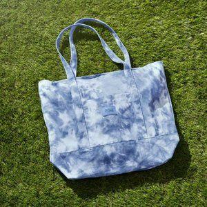 PINK Victorias Secret Tie Dye Tote NWT Travel Bag